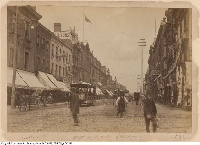 1890QueenYonge_f1478_it0038_web