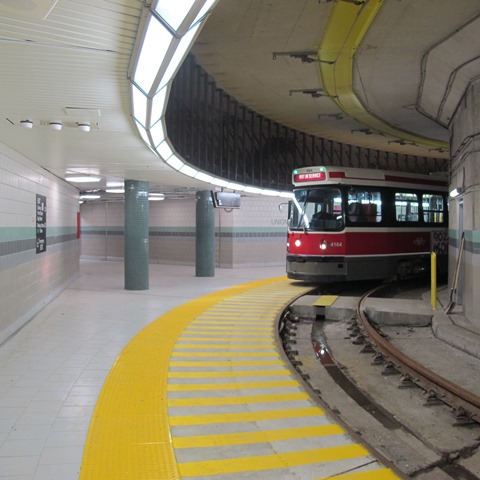 Oct 07, 2014/Toronto, ON:   TTC.  #4164. Union Station Loop. First car to Union, testing track & overhead structure.